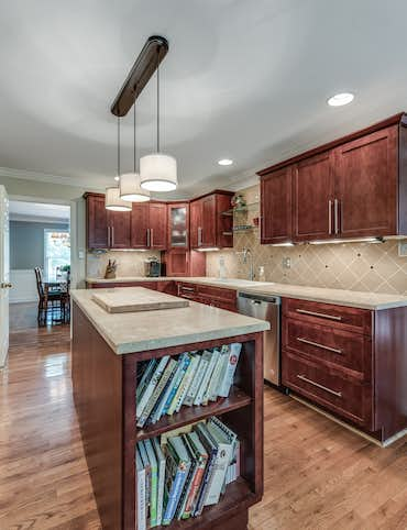 878 Hansmore Place - Property Info