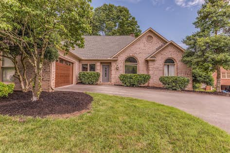 Real Estate Listing Oak Ridge , TN 37830